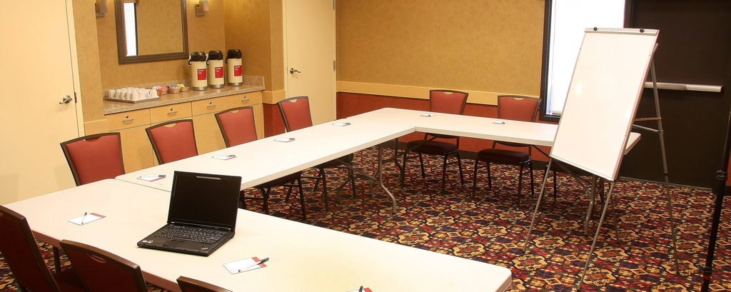Farmington TownePlace All Suite Hotel Aztec Meeting Room – U-Shape Setup
