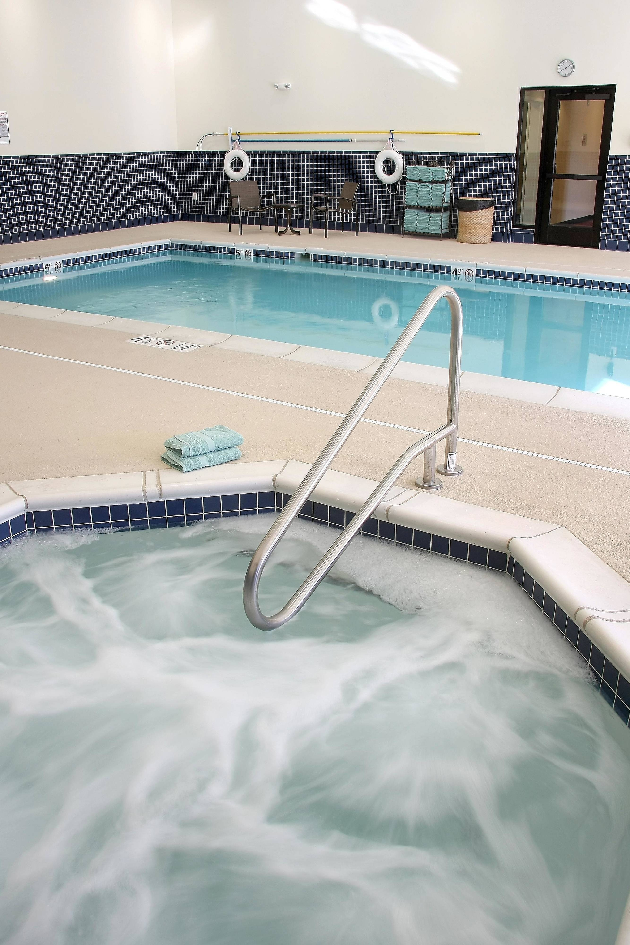 Farmington TownePlace Suites Hotel Indoor Pool & Spa
