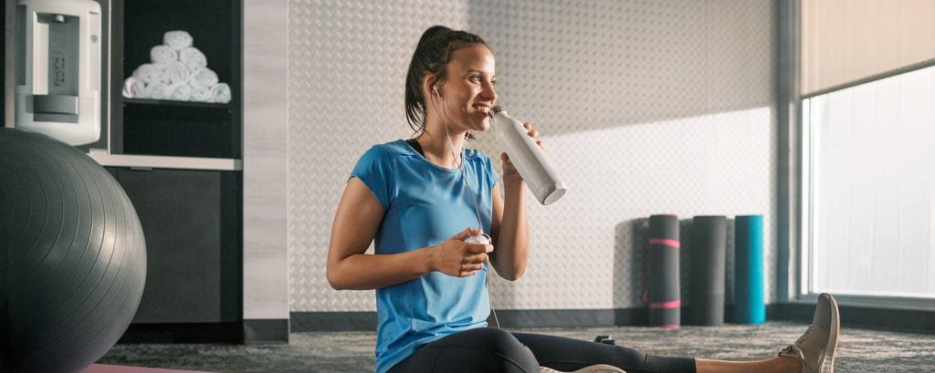 Hotel-Fitnessstudio und Fitnesseinrichtungen im Fairfield Inn Business Hotel