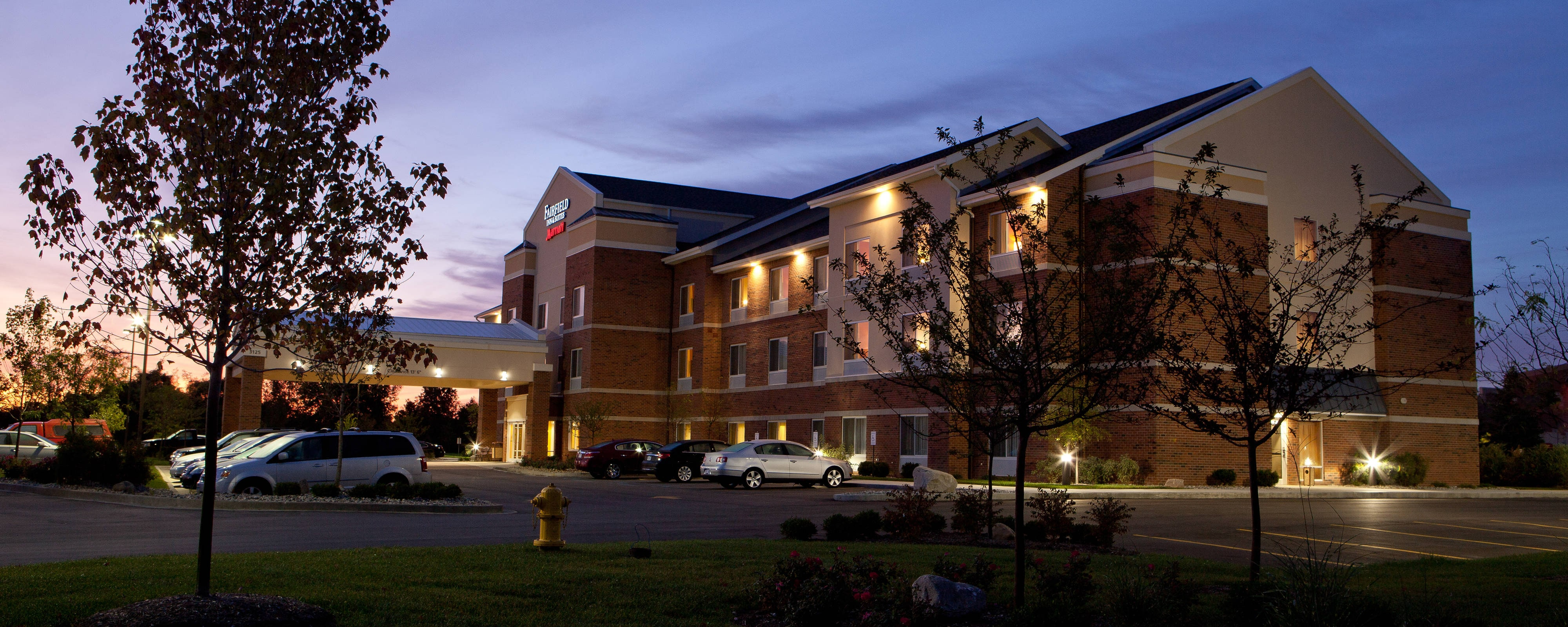 Fenton Hotel Near Silver Lake Michigan Fairfield Inn Suites Rh Marriott Com Hotels In Mi