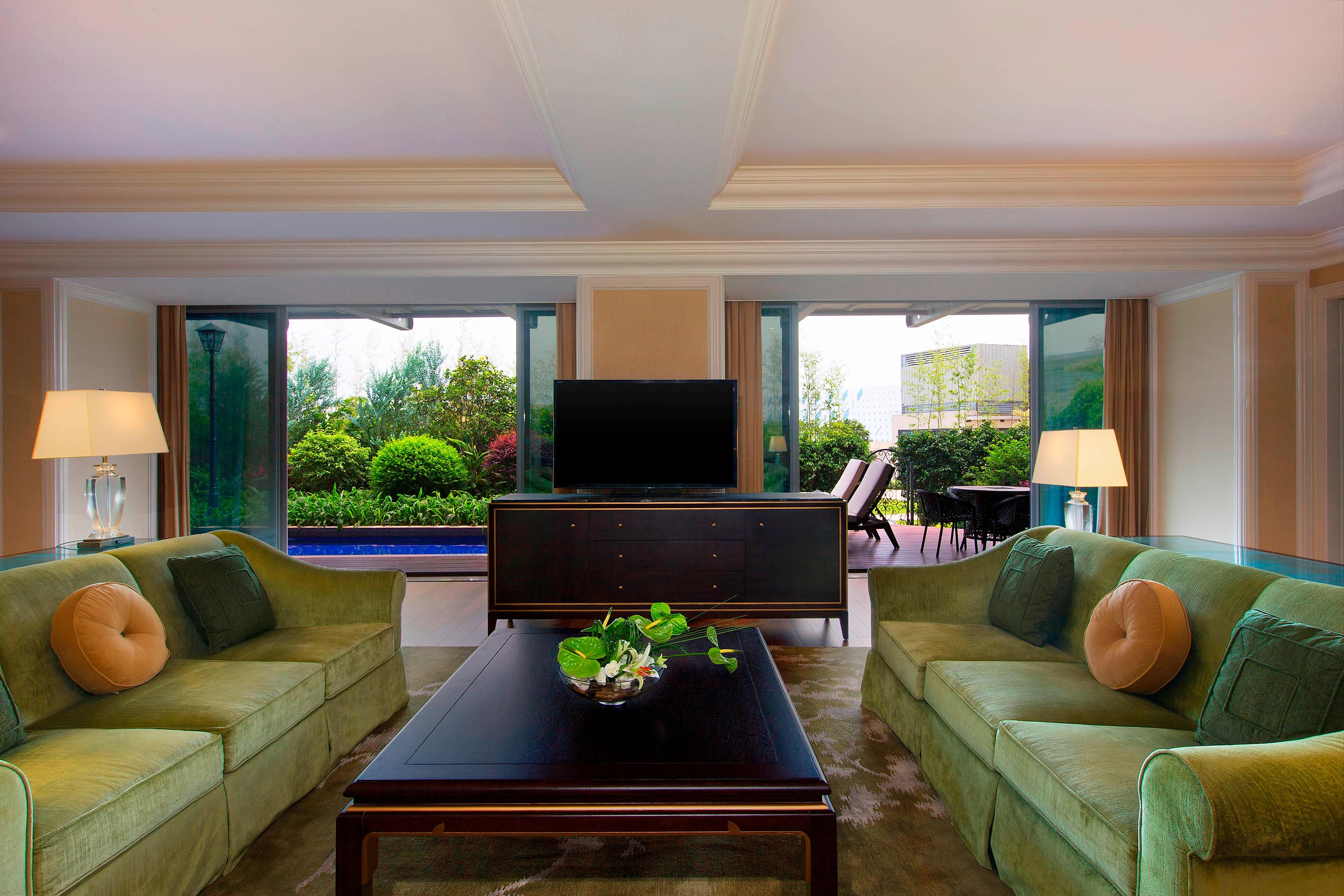 Diplomatic Suite with Swimming Pool Access