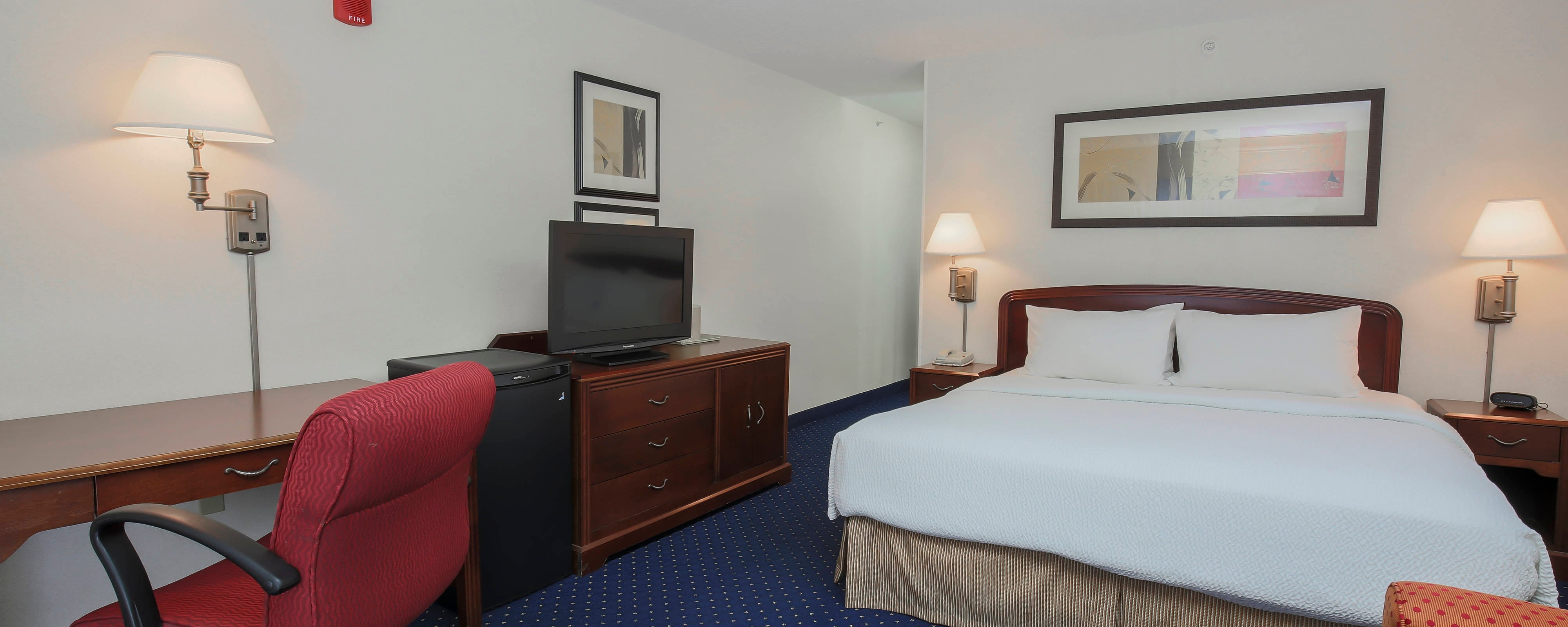 Topeka Kansas King Guest Room