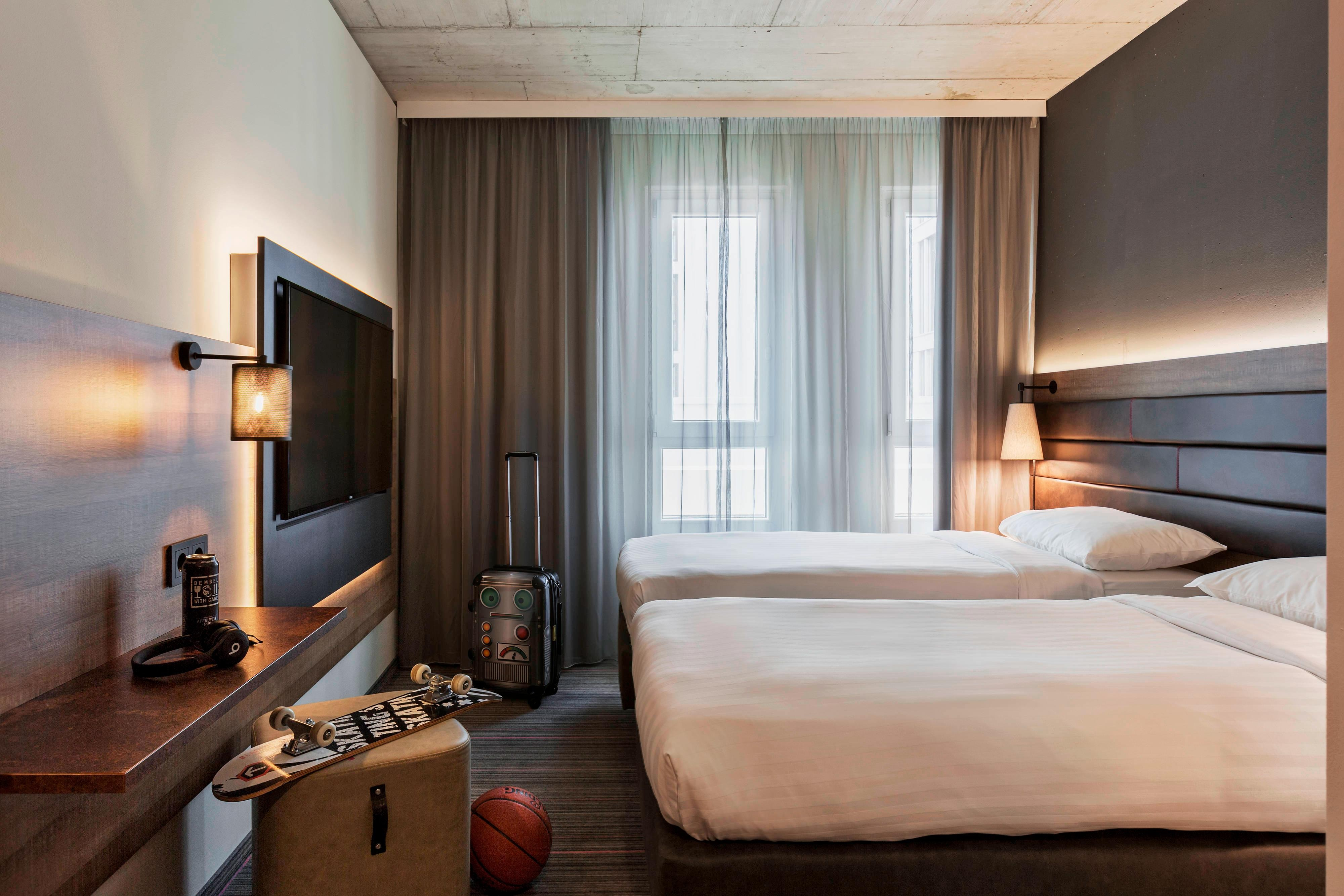 Accommodation In Frankfurt Germany Hotel Rooms Moxy