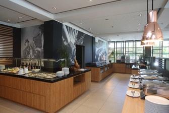 Wiesbaden-Nordenstadt hotel restaraunt