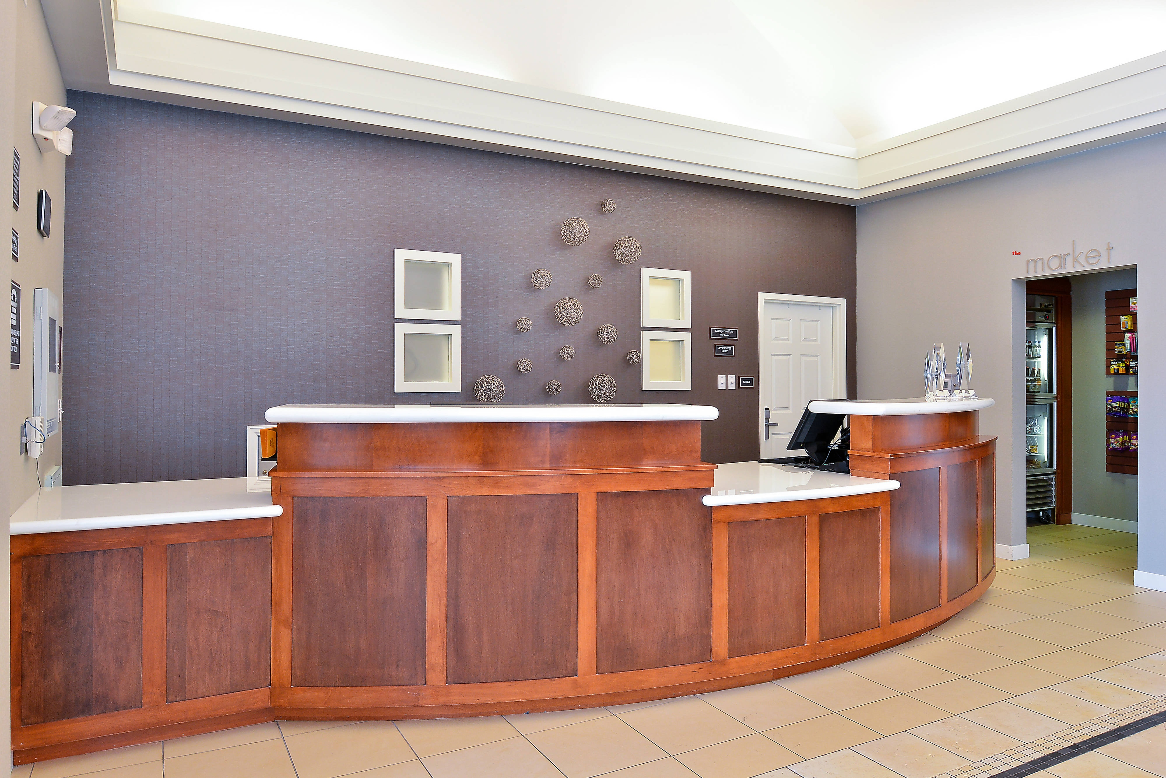 Loveland Colorado Hotel Front Desk