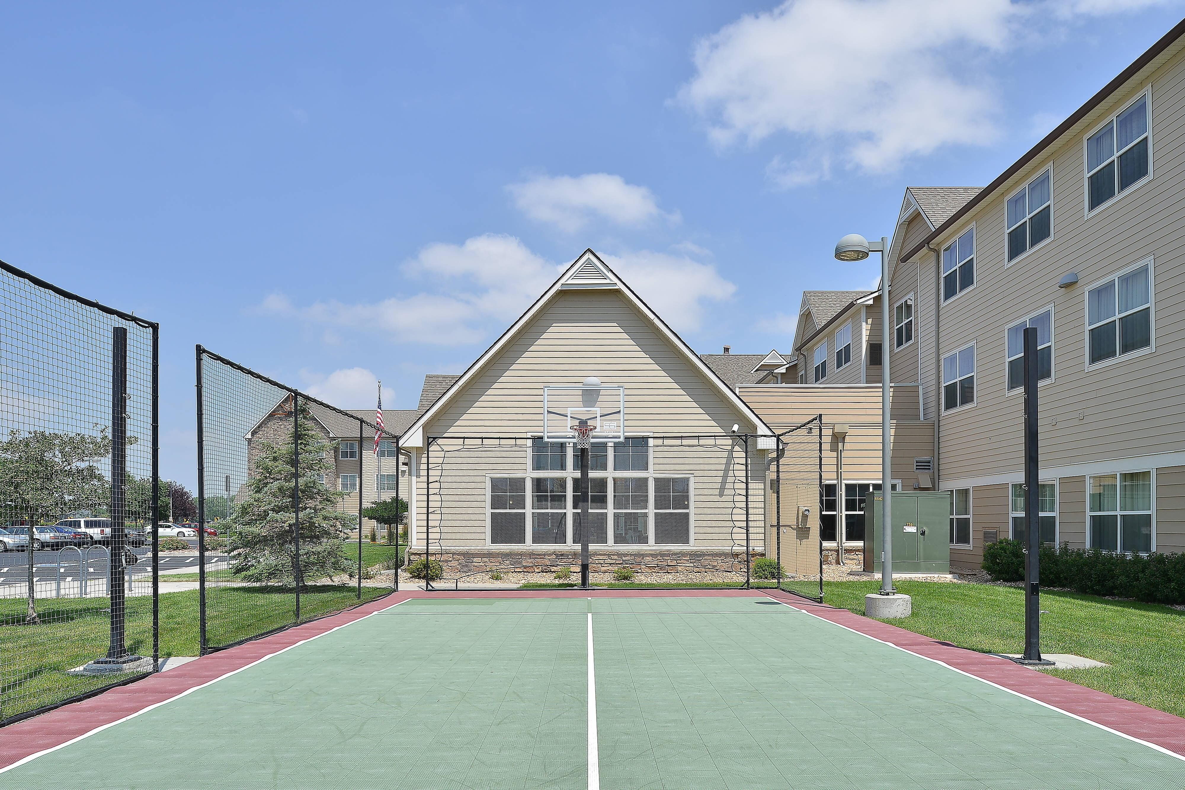 Loveland Fort Collins Hotel Sport Court