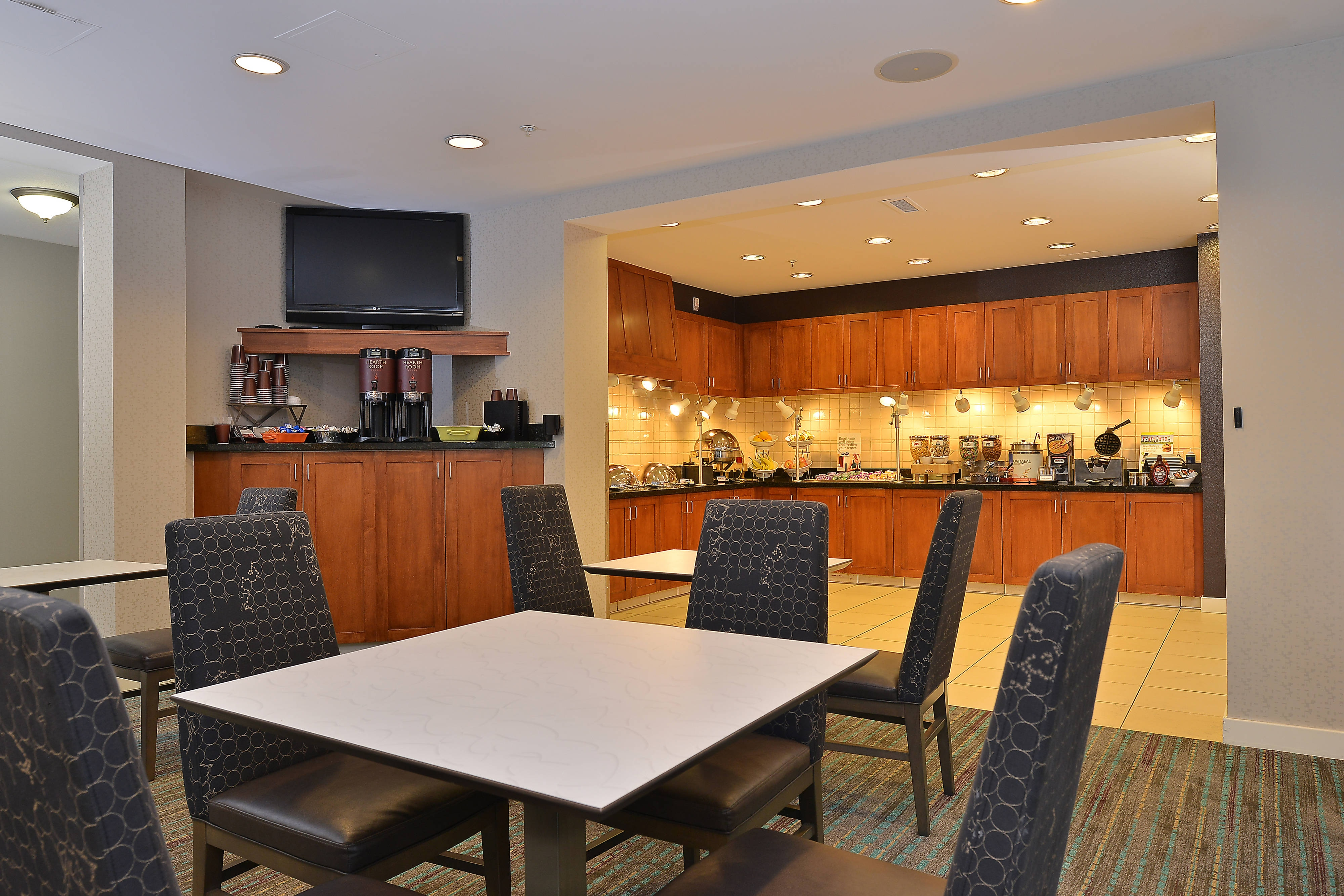 Residence Inn Loveland Breakfast Area