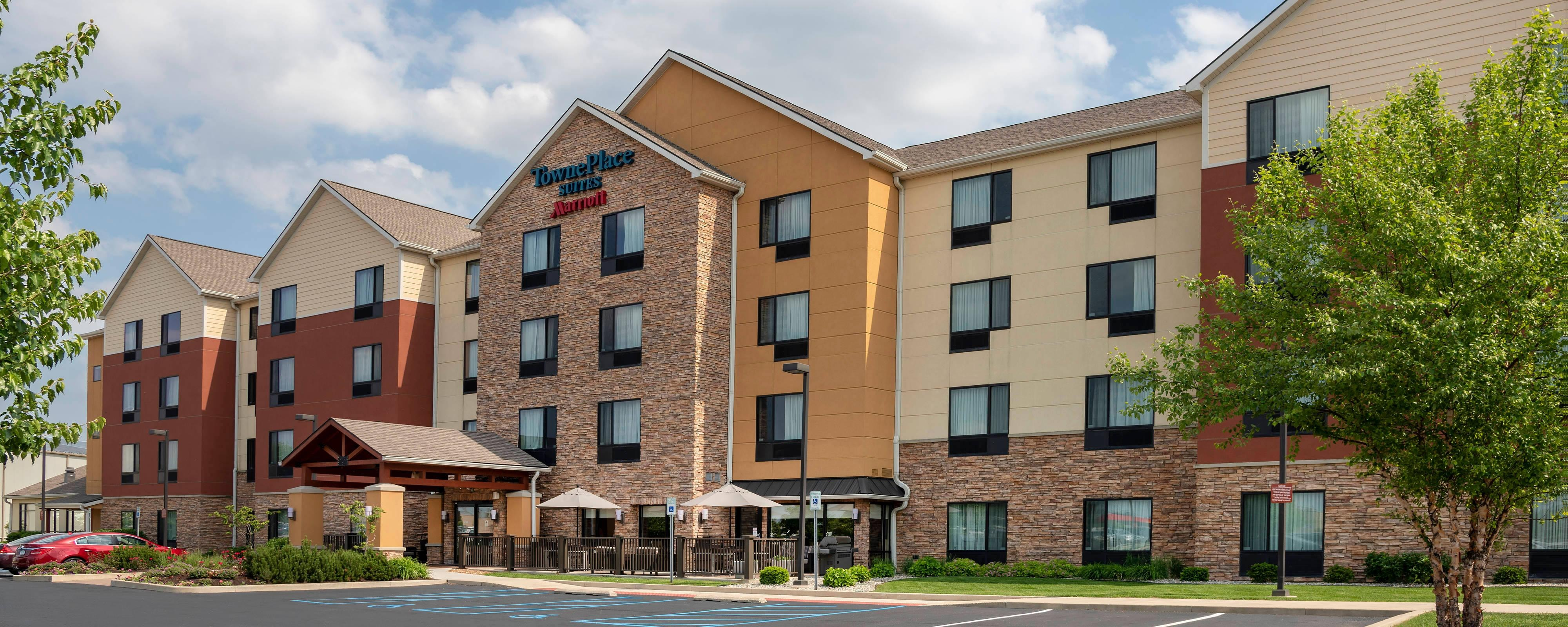 Fort Wayne Hotel Suites | TownePlace Suites