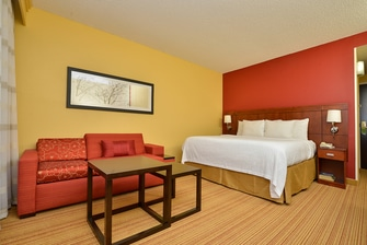 King Guest Room in Bentonville