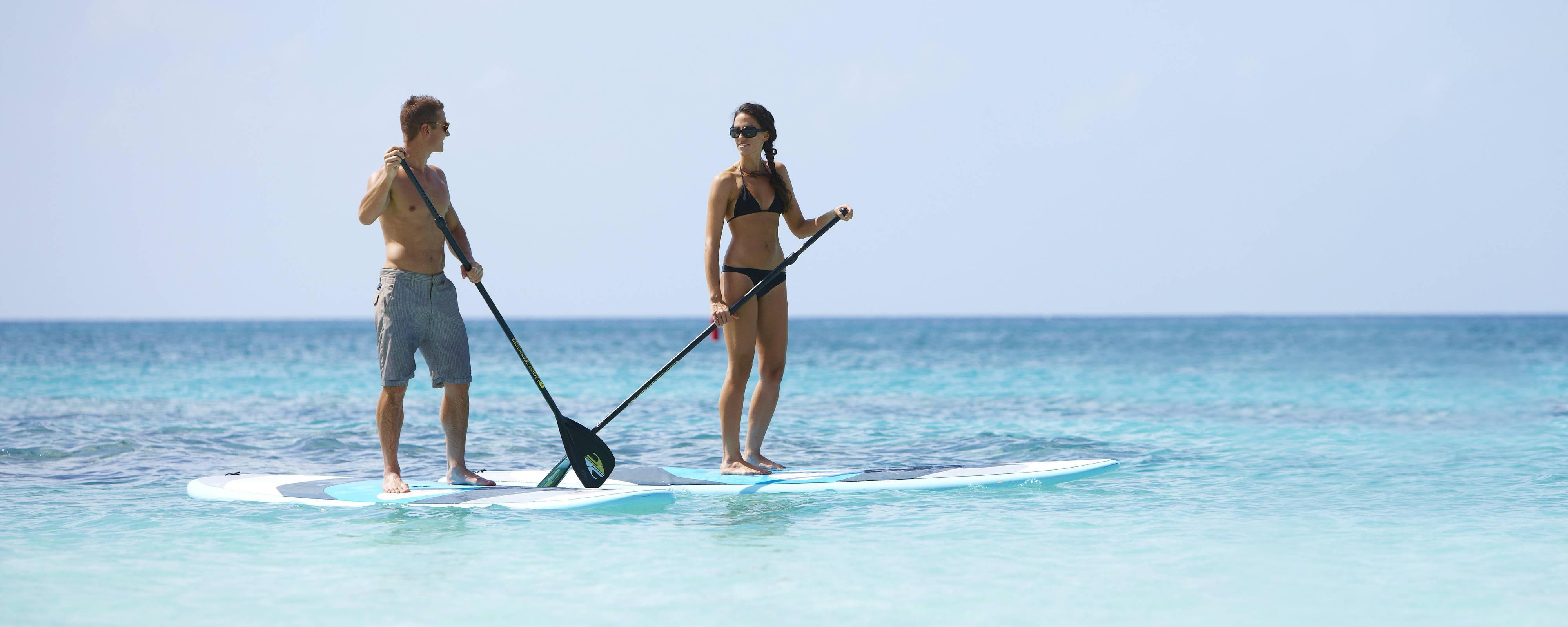 Paddleboard à Seven Mile Beach