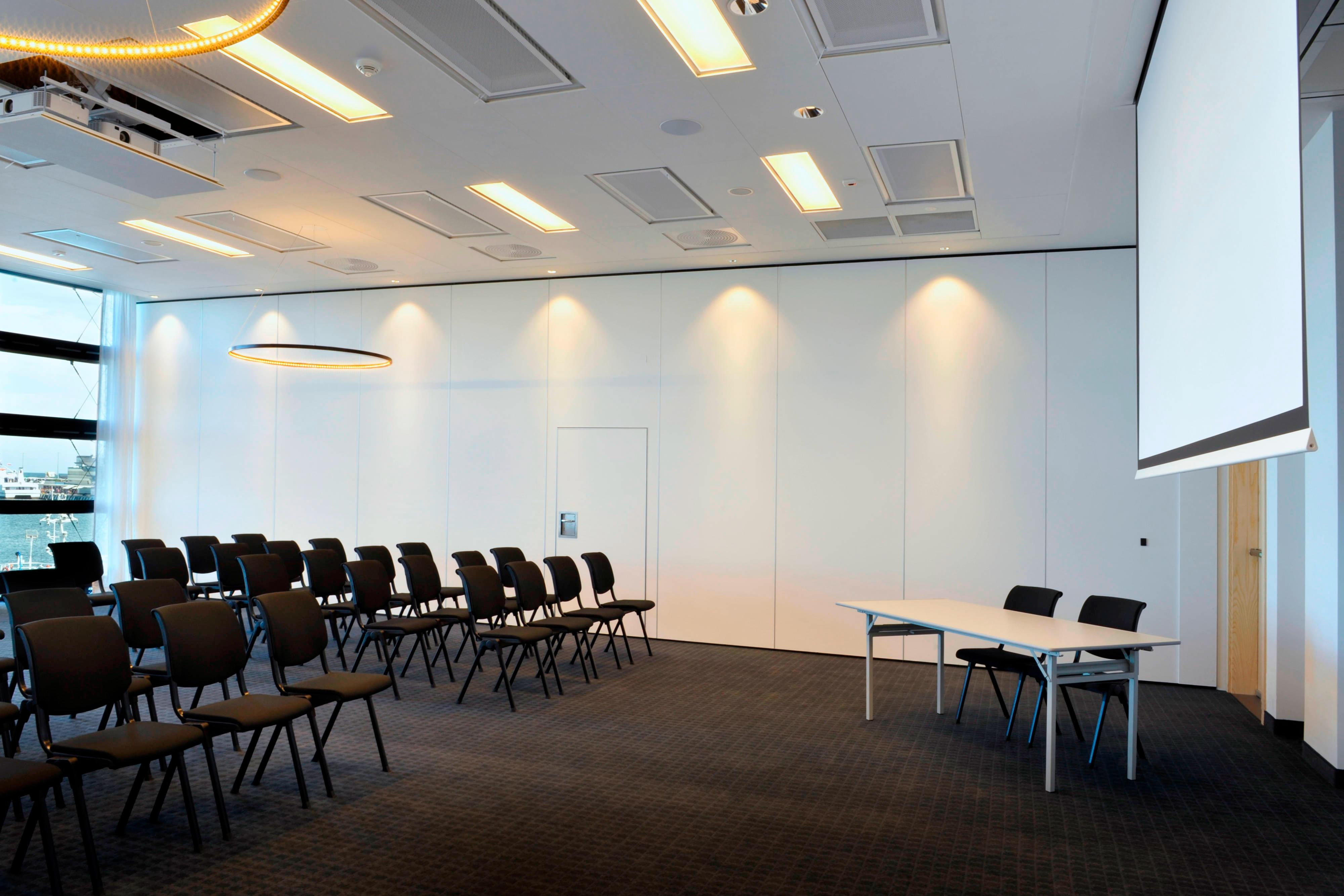 Meeting room in classroom style