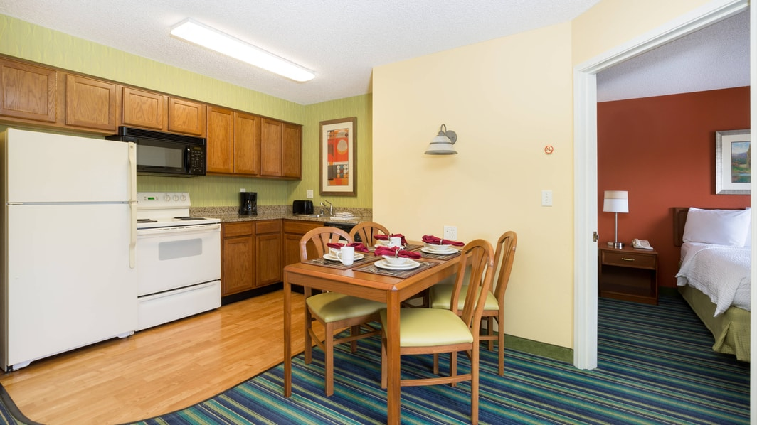Spokane Washington Hotel Suite Kitchen