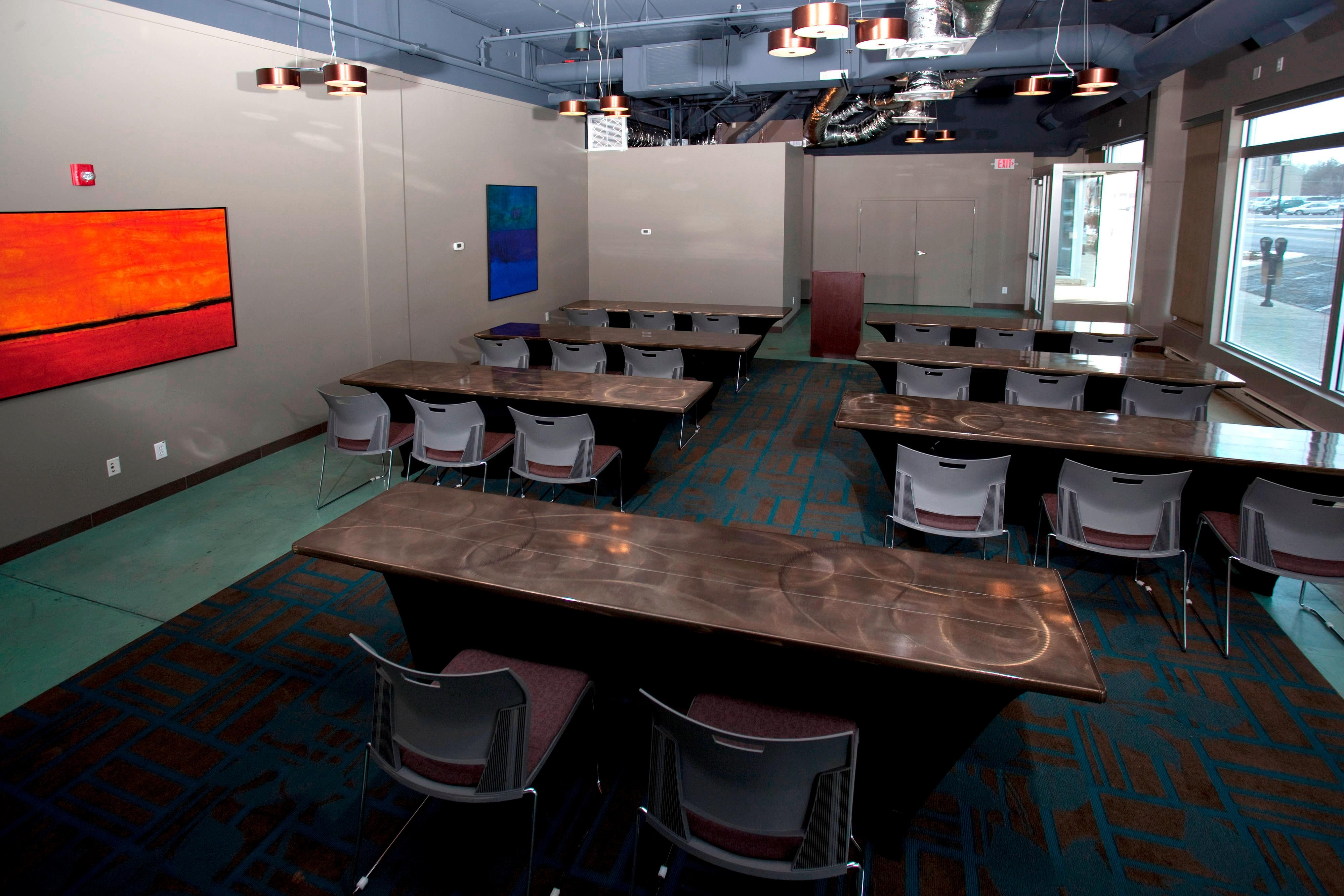 Main Street Meeting Room – Classroom Setup