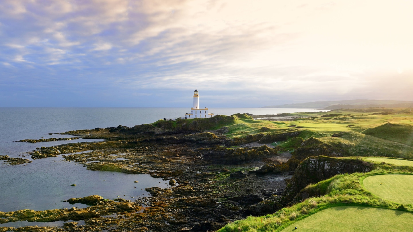 The 9th hole of the Ailsa Course