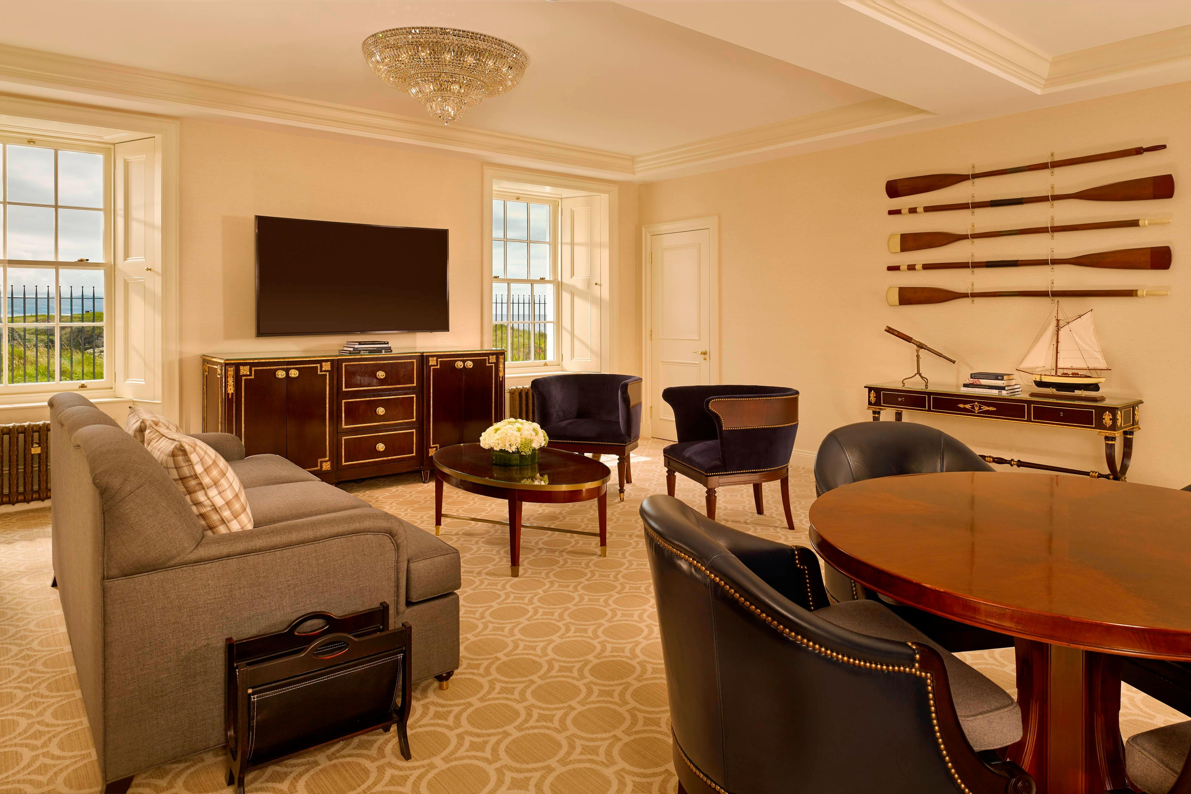 Turnberry Lighthouse Suite - Lounge Area