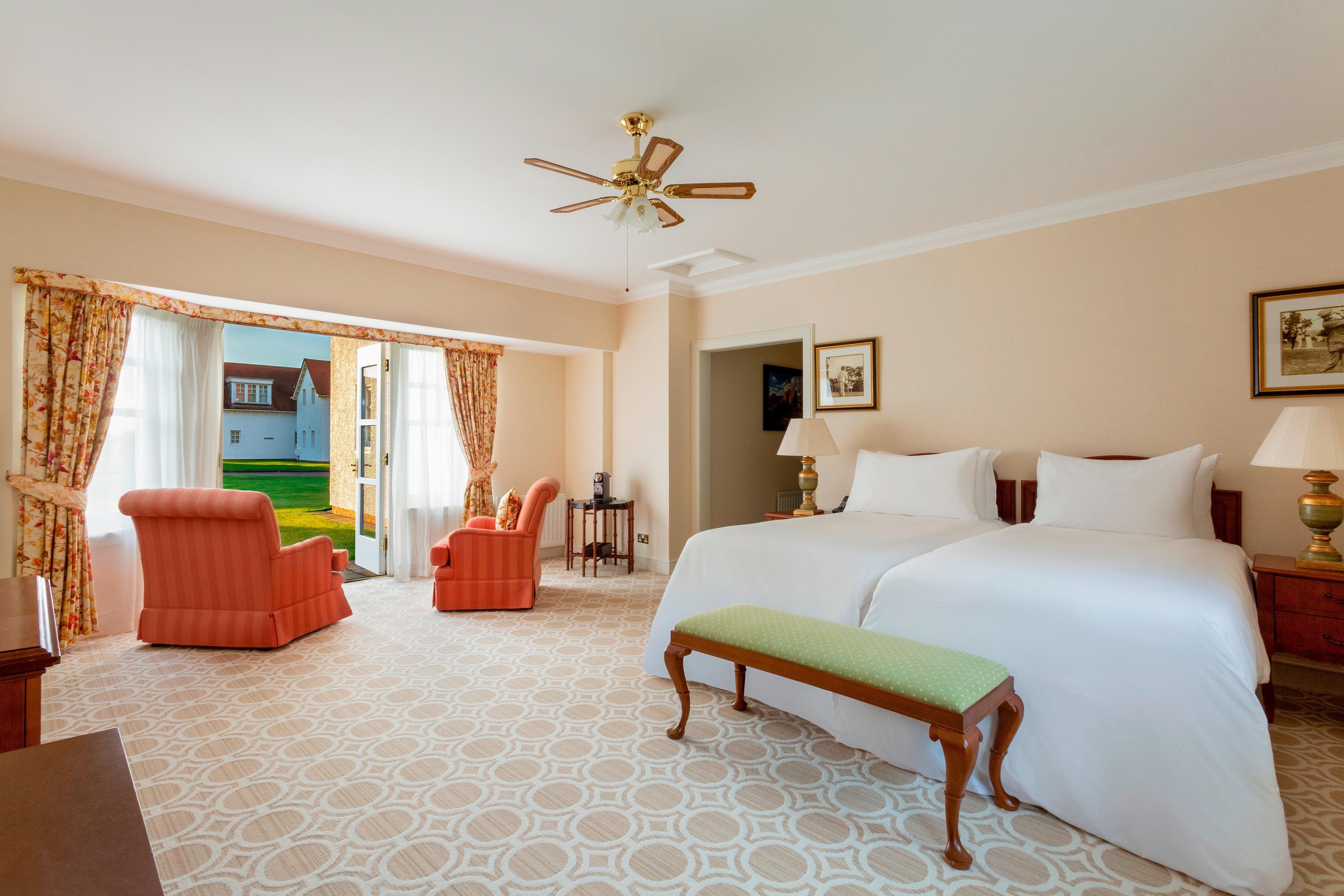 Camera Villa con due letti separati