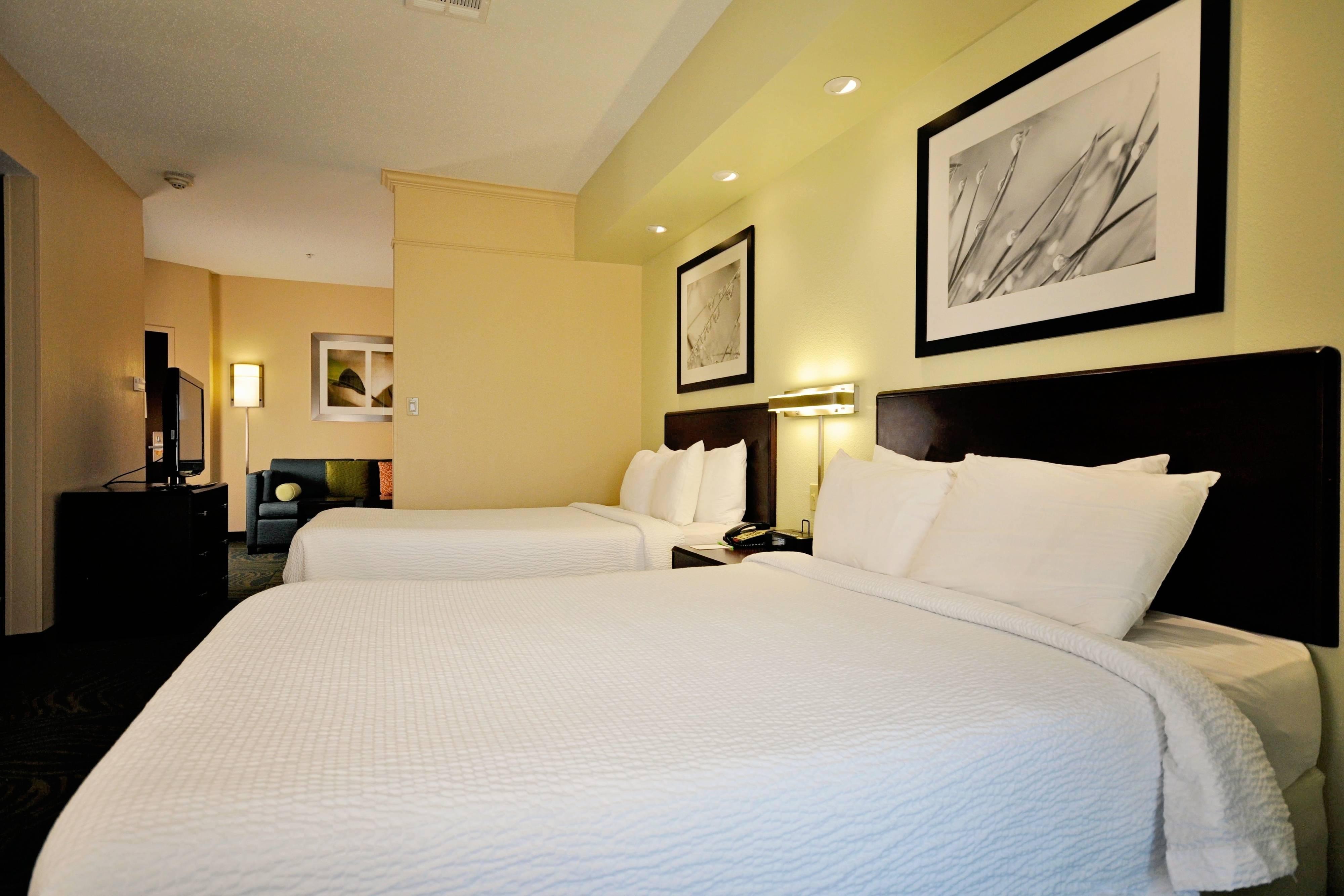 Suite mit zwei Doppelbetten – Schlafbereich