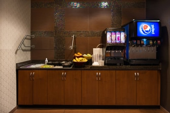 gainesville fl hotels free breakfast buffet