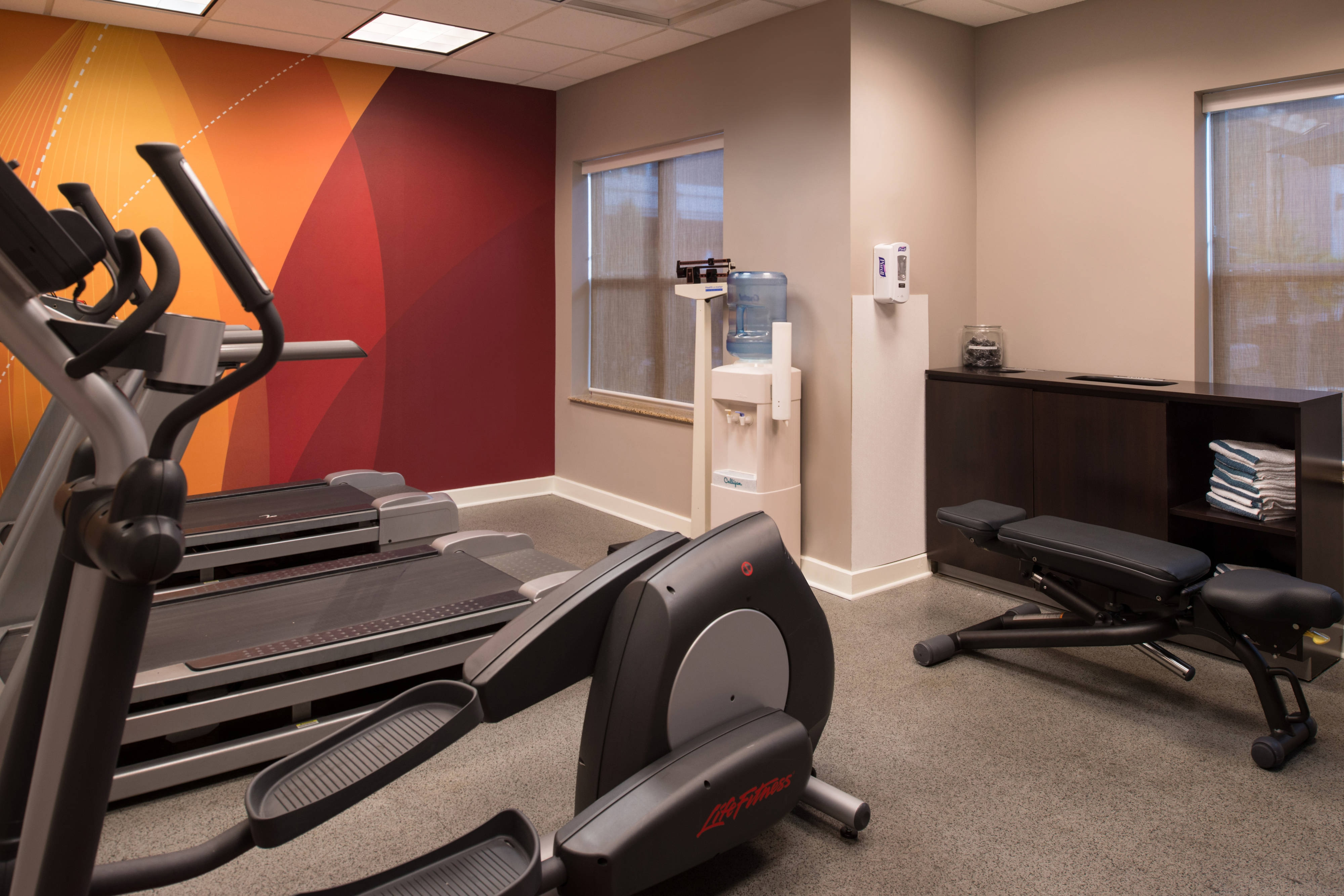 fitness center hotels gaineville fl