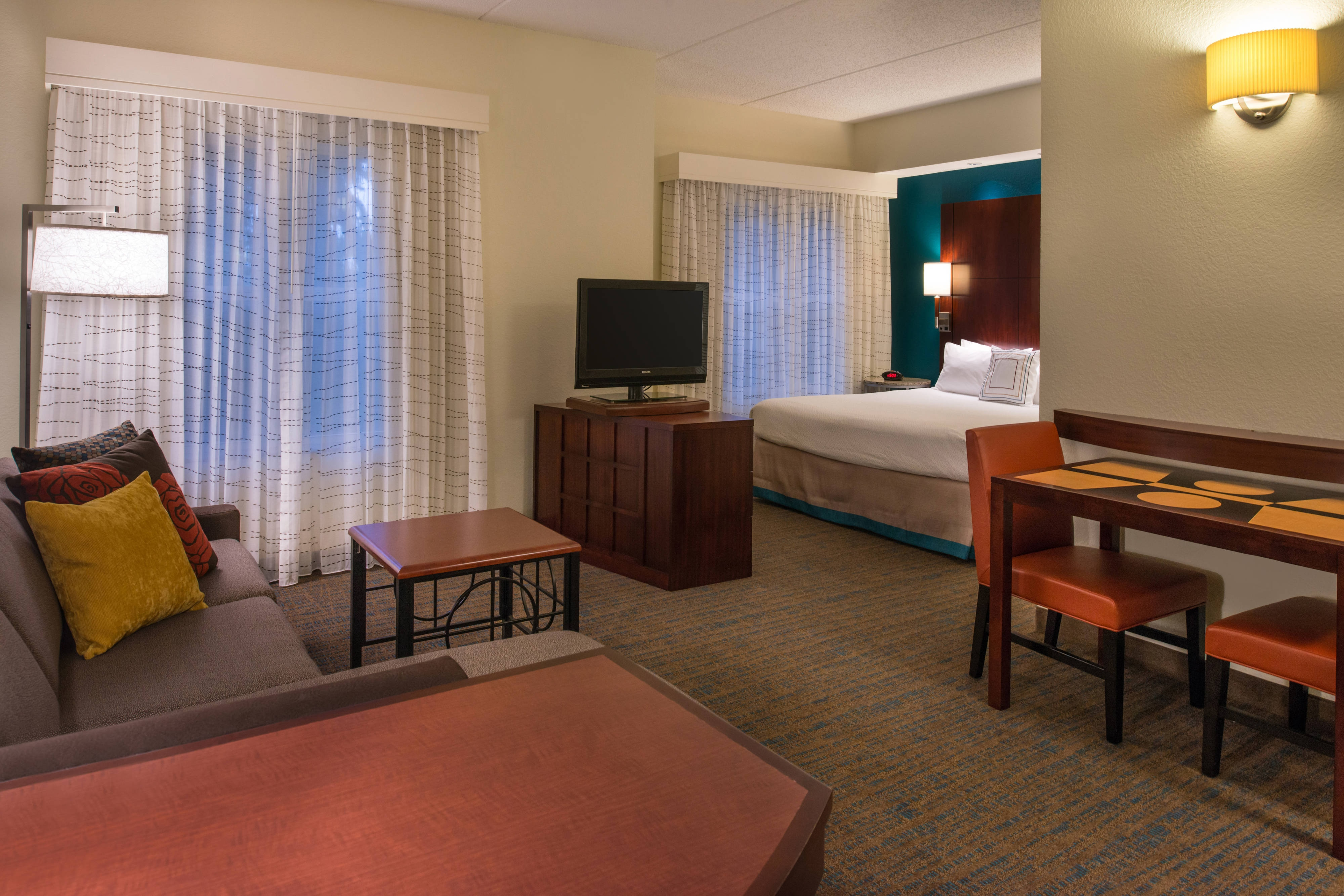 gainesivlle fl all suite hotels
