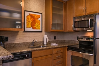 full kitchen suites hotels gainesville fl