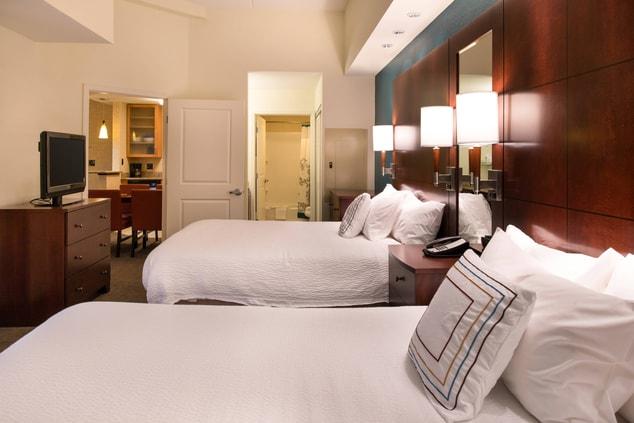 hotels near uf