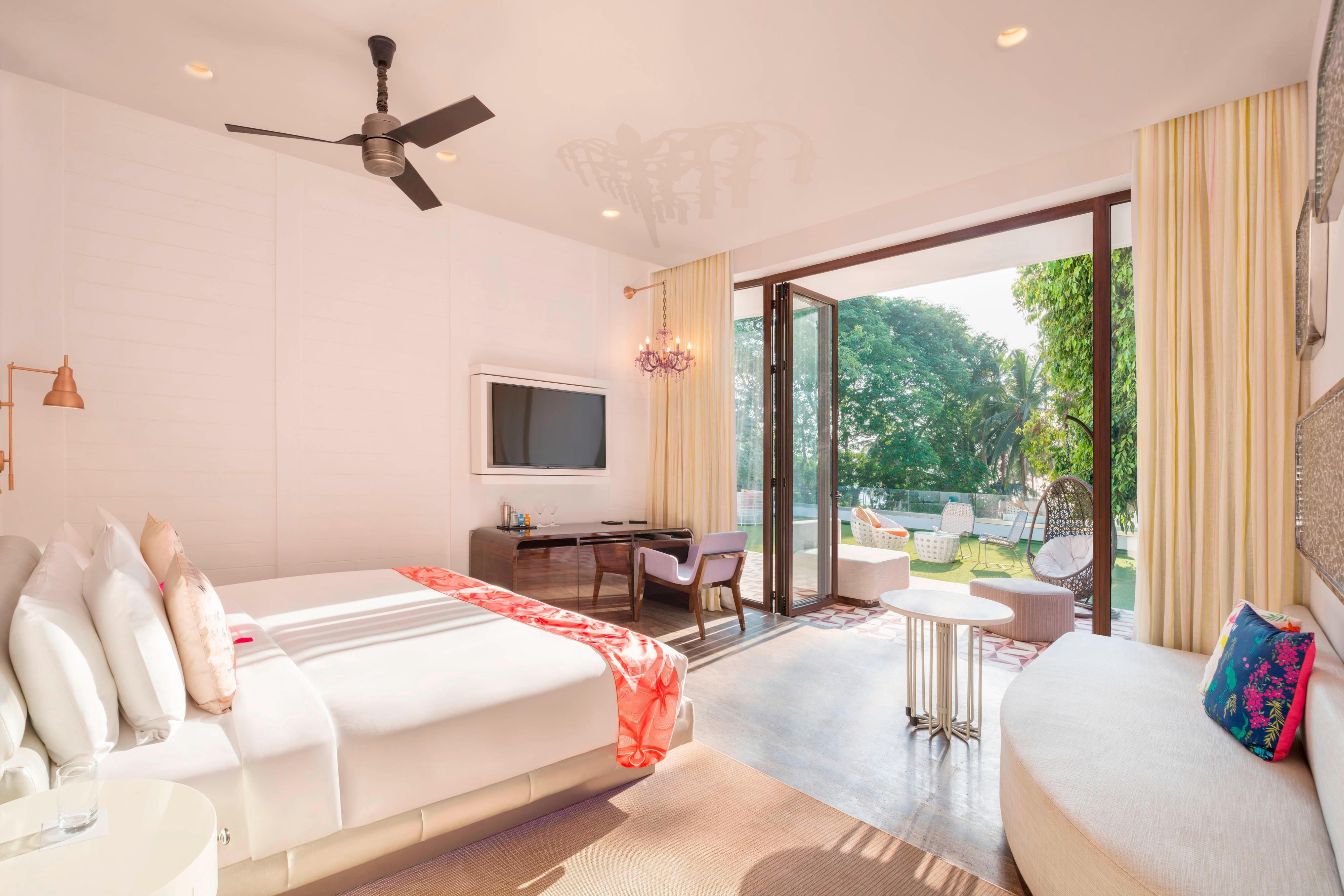 Spectacular Bedroom