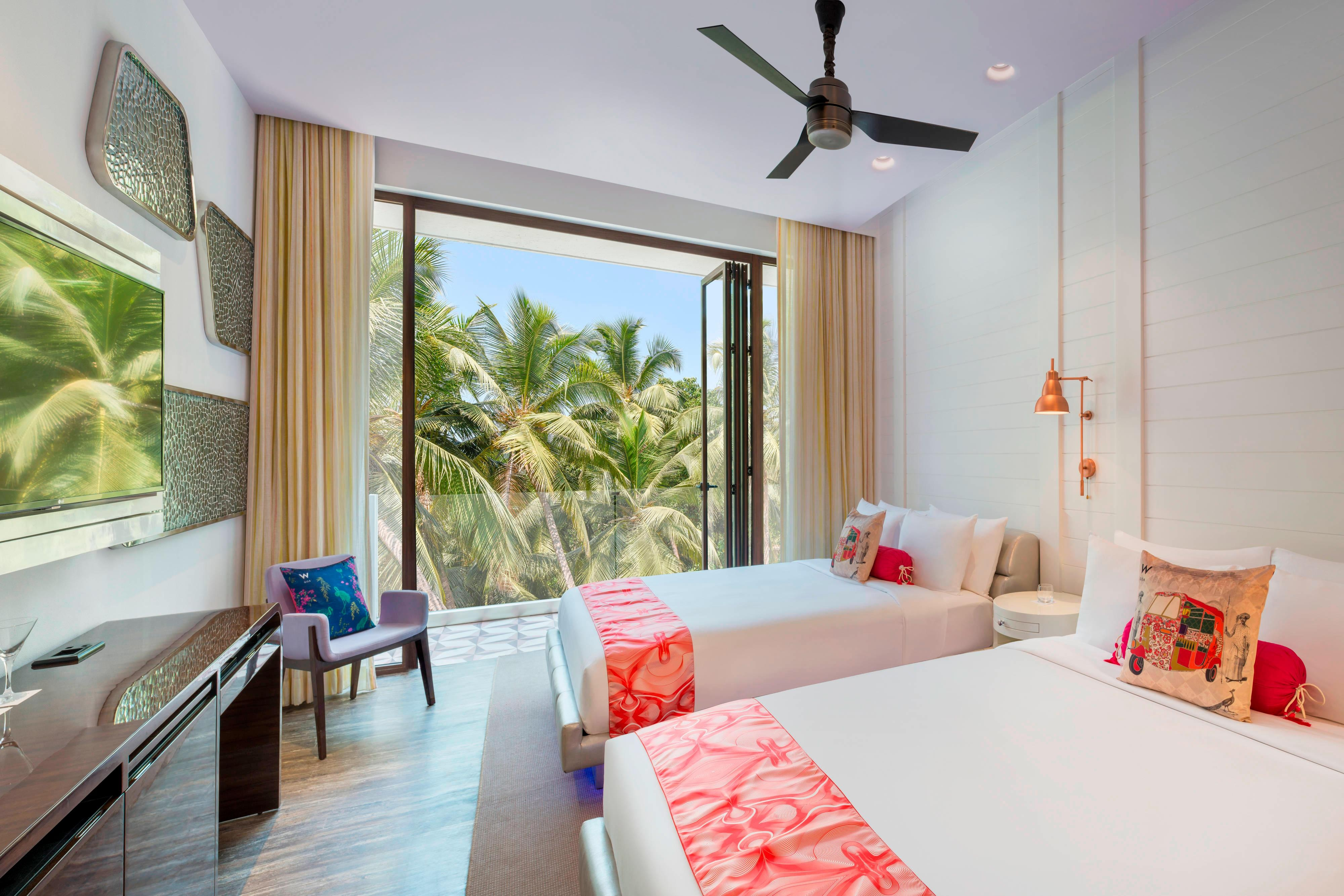 Wonderful Room Twin Beds