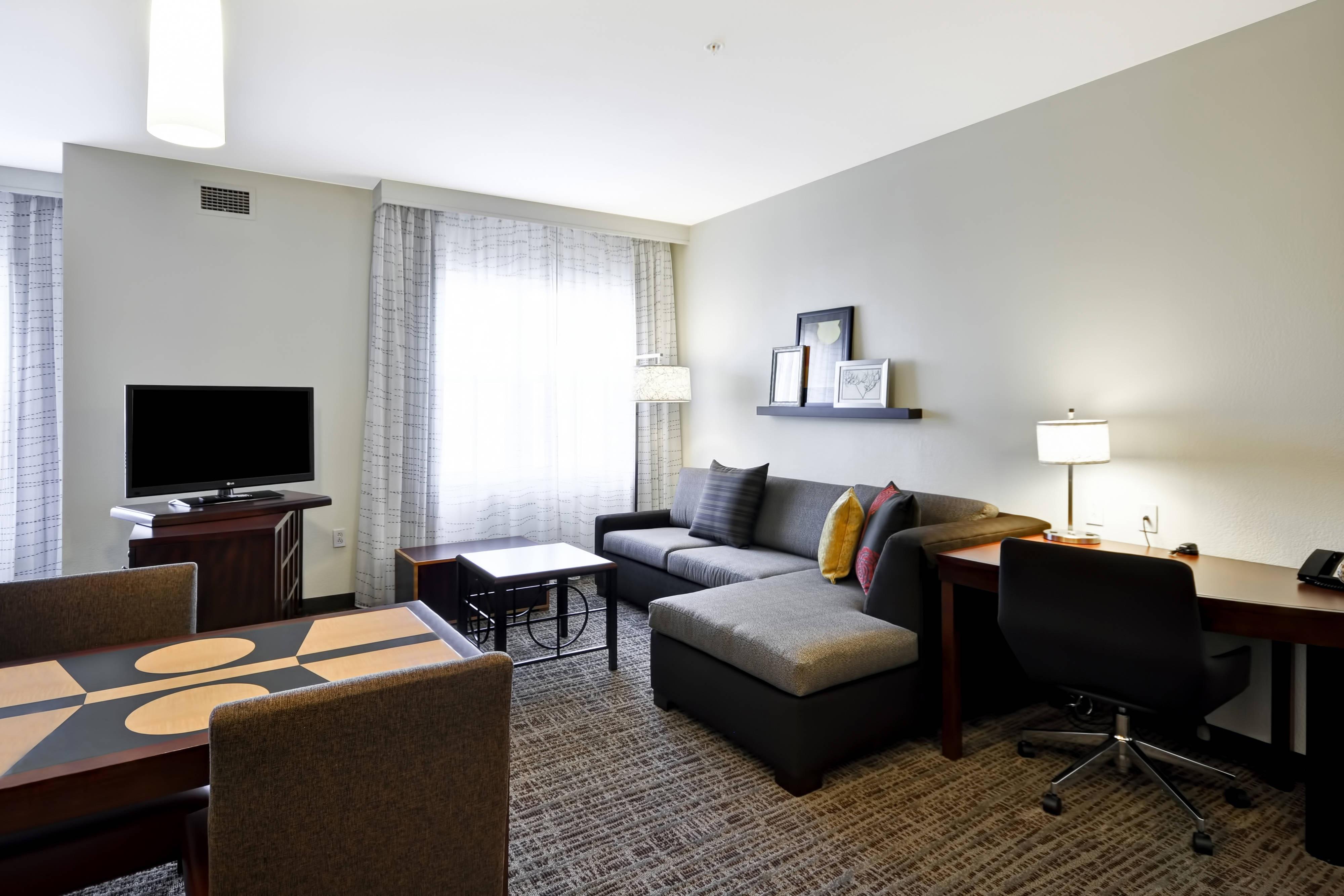 King Studio Suite - Living Area