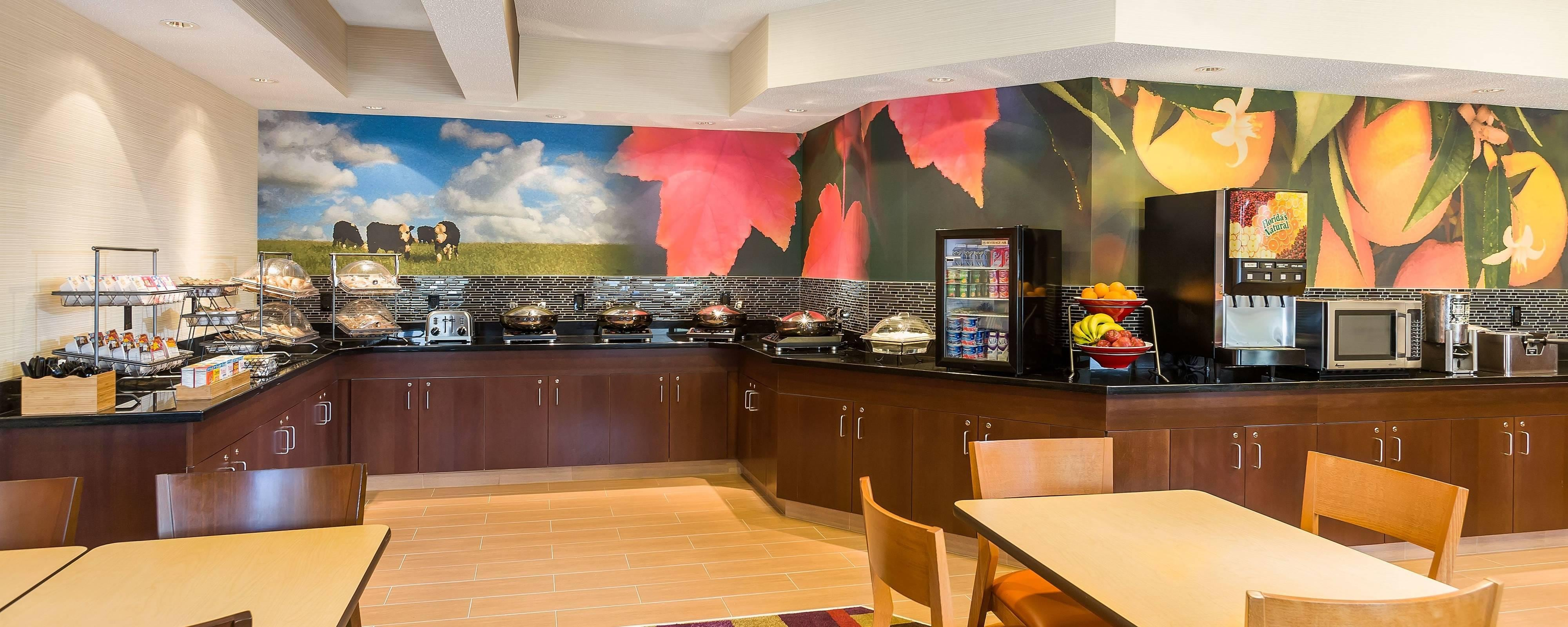 Restaurants in Grand Rapids, MI | Fairfield Inn & Suites Grand Rapids