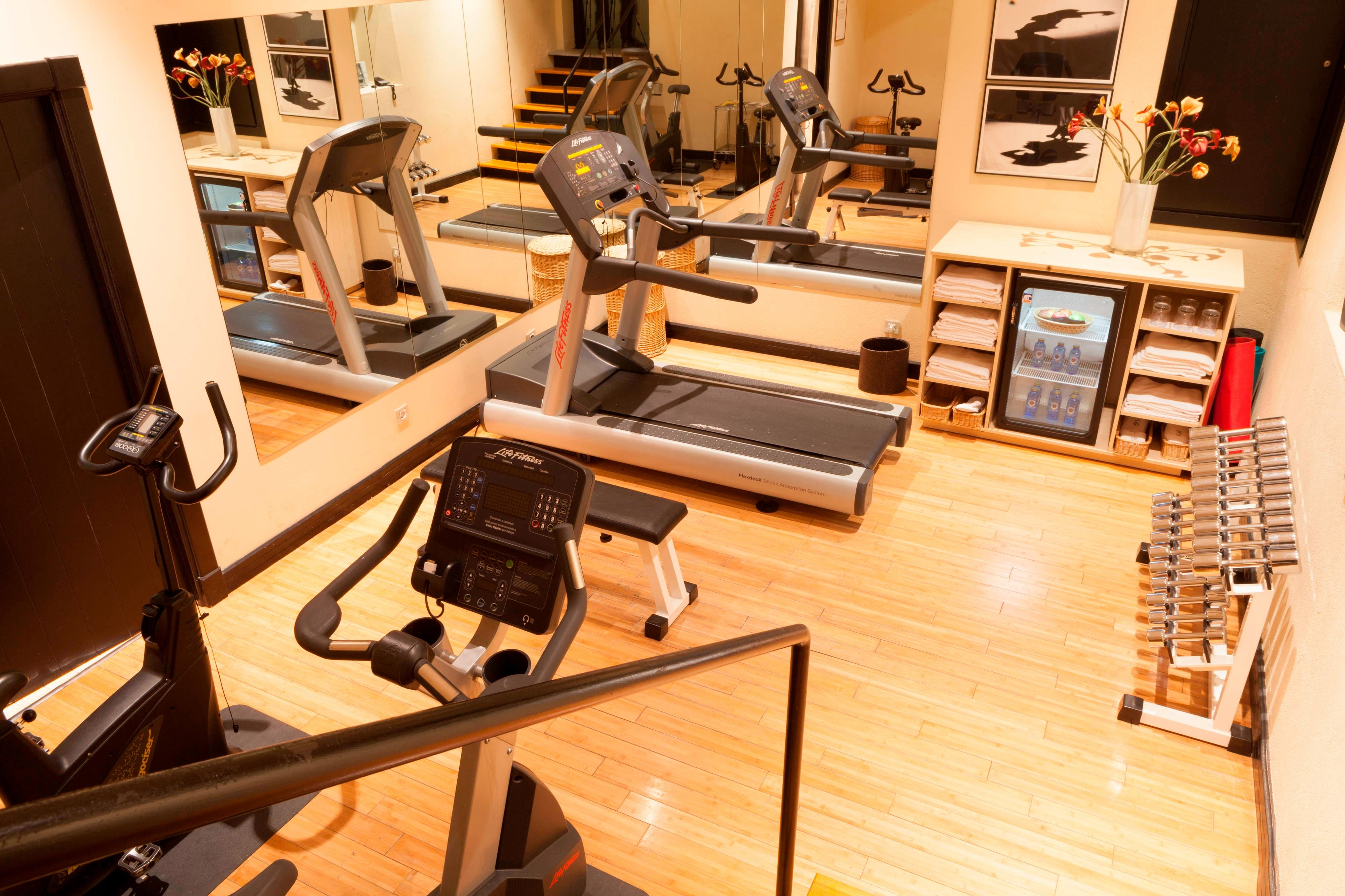 Fitness center in Granada hotel