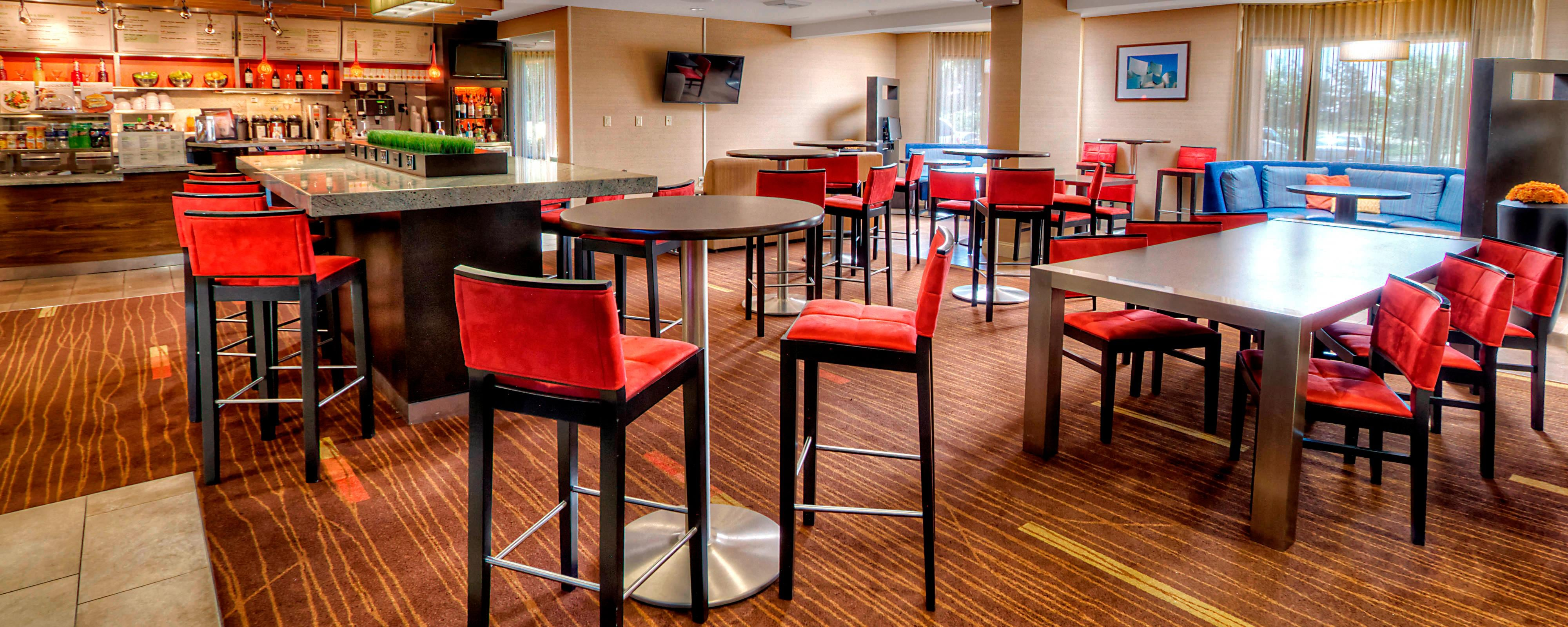 Burlington hotel restaurants | Courtyard Burlington Dining ...