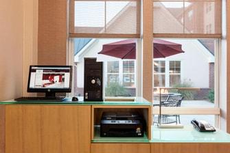 Business Center/Boarding Pass Printer