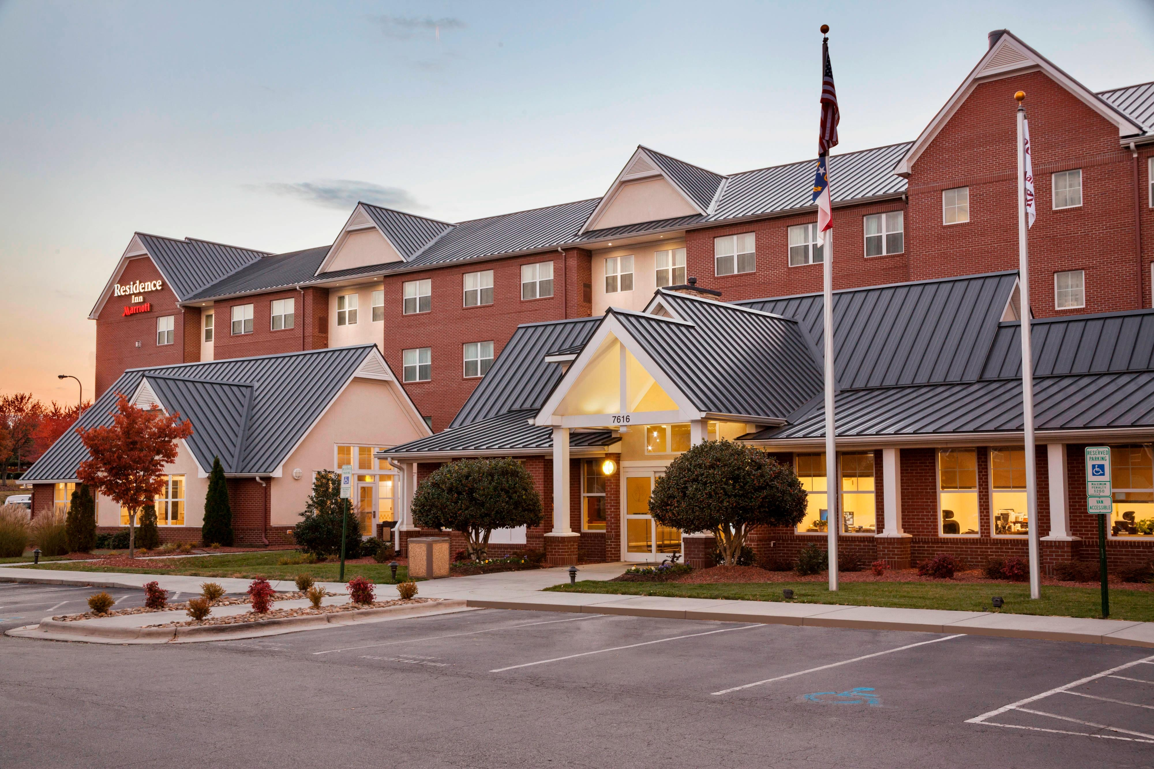 Residence Inn Greensboro Airport Entrance