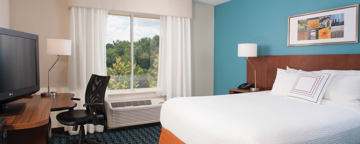 Greenville Airport Hotels Queen Guest Room