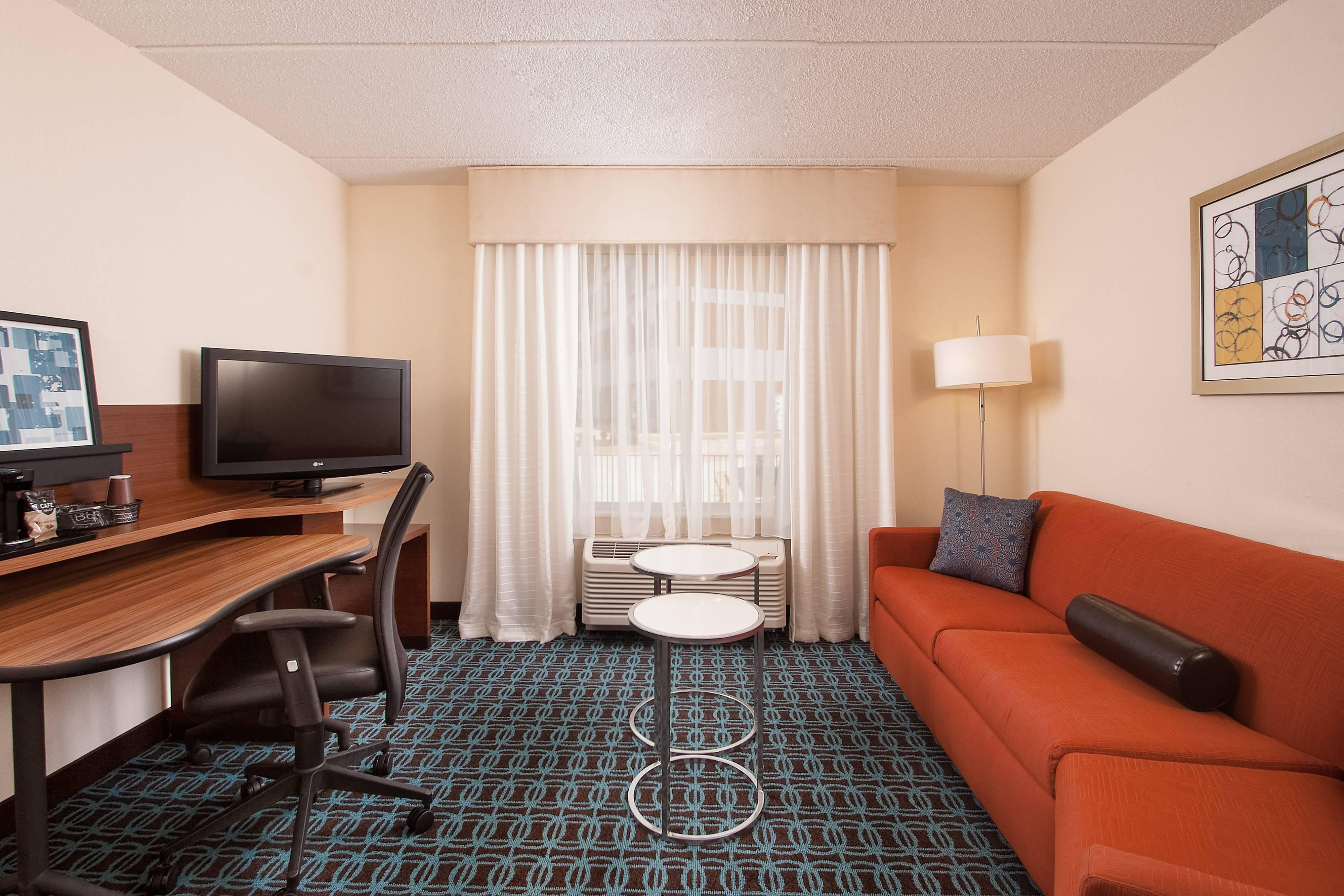 Hotels with suites in Greenville SC
