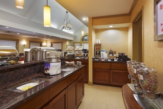 greenville sc hotel free breakfast