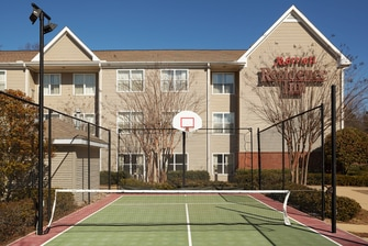 greenville sc hotel sport court