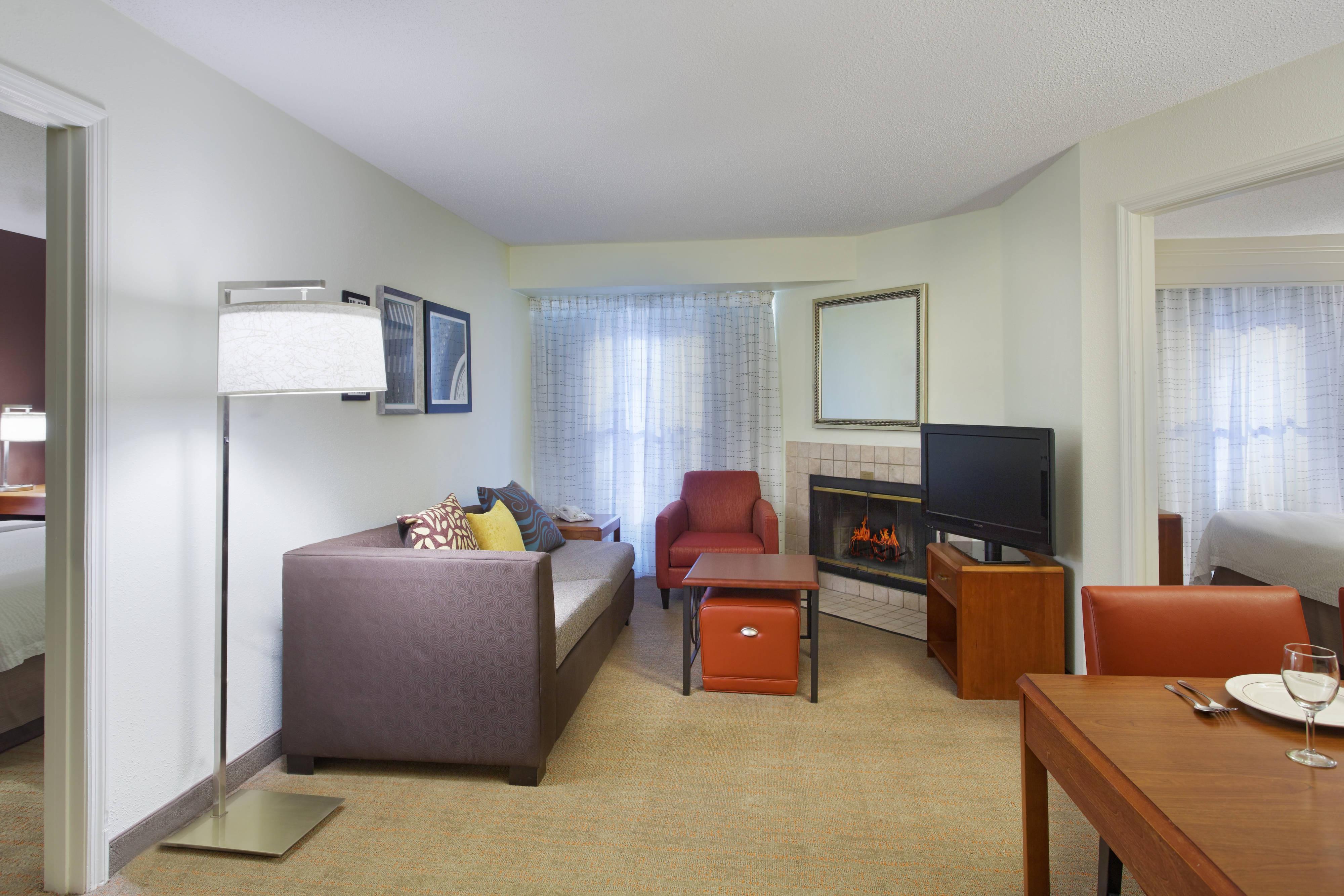 hotel suite in greenville sc