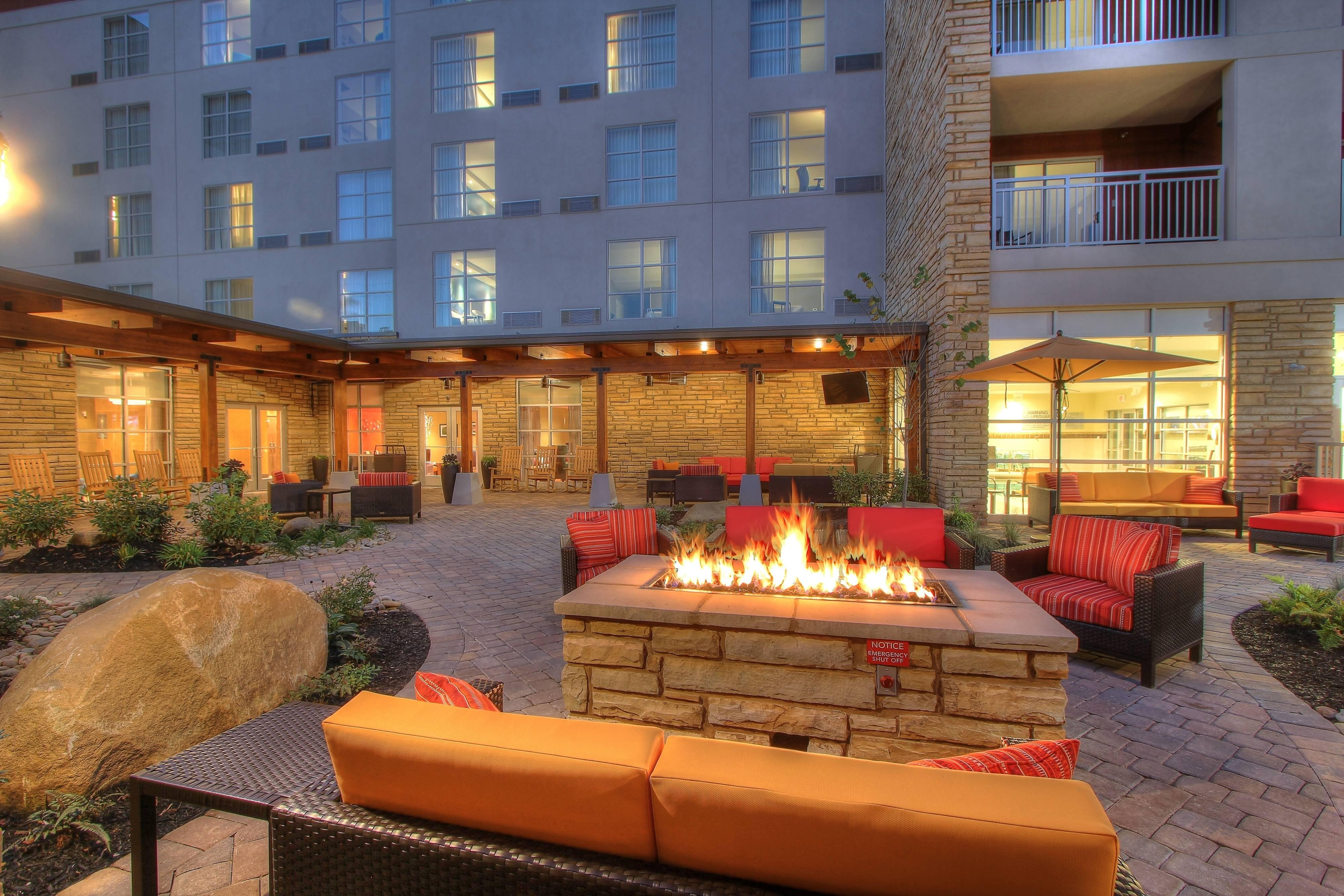 Courtyard Patio and Fire Pit