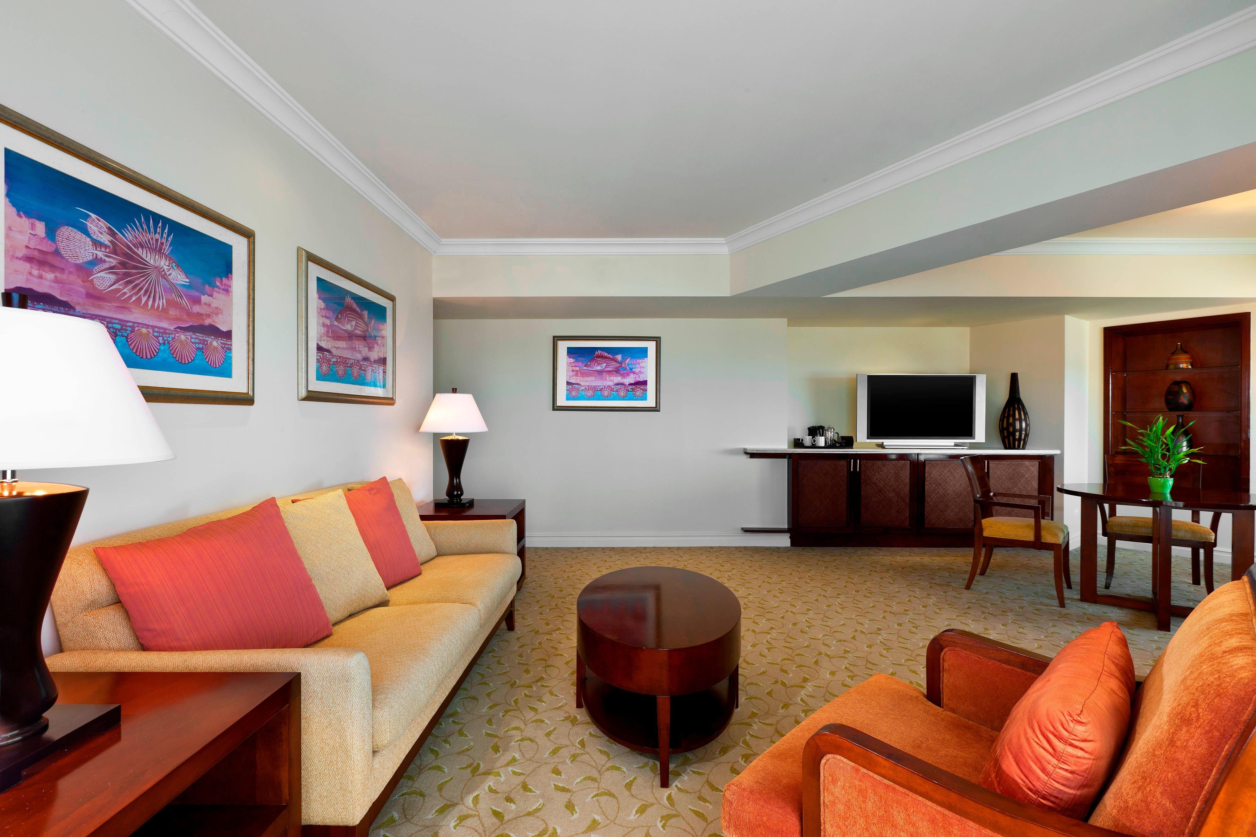 Ocean Front Suite - Living Room