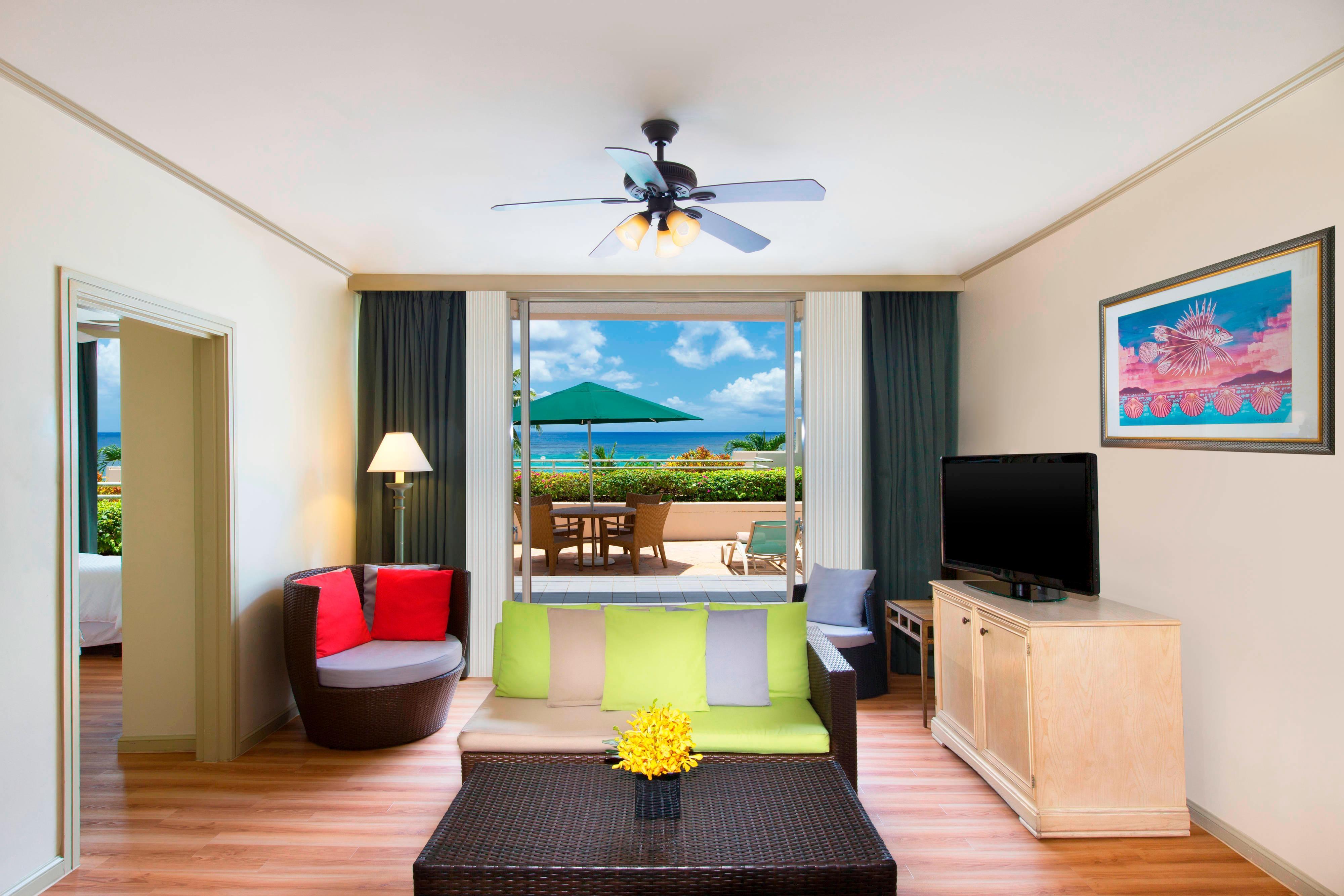 Ocean Front Villa - Living Room