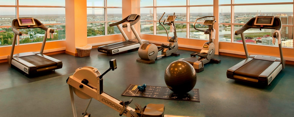 Gimnasio del Marriott Apartments Atyrau