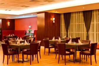 Ресторан в отеле Marriott ApartmentsAtyrau