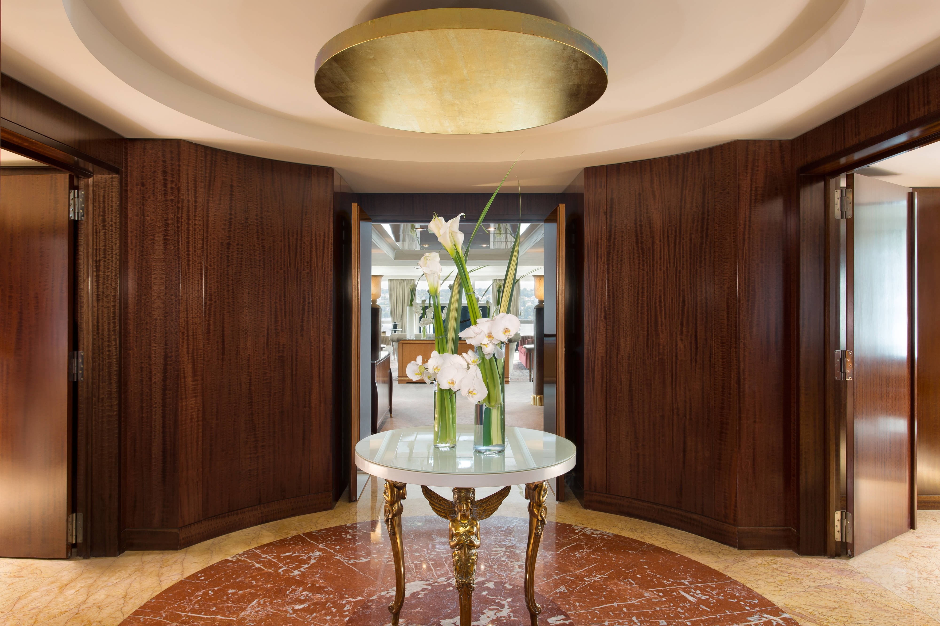Royal Penthouse Suite - Imperial Entrance