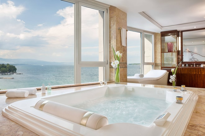 Royal Penthouse Suite - Imperial Master Bathroom