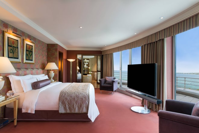 Royal Penthouse Suite - Royal Master Bedroom