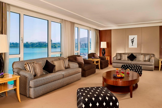 President Wilson Suite - Living Room