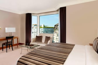 Großes Superior Zimmer – Schlafzimmer und Wohnbereich