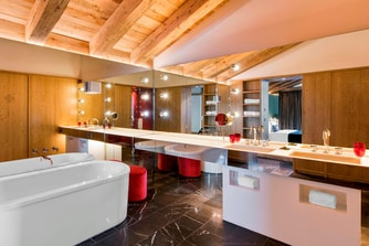 Fabulous Suite - Bathroom